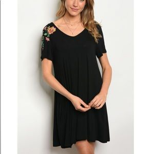 Very J Embroidered Shirt Dress with pockets